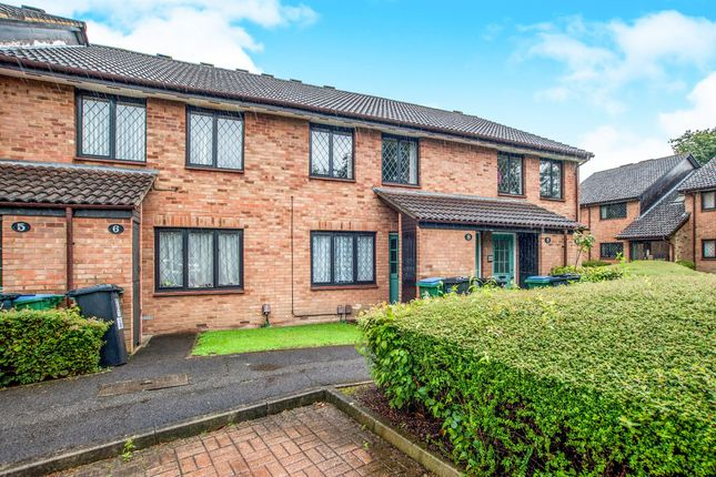 Thumbnail Flat for sale in Grasmere Close, Watford