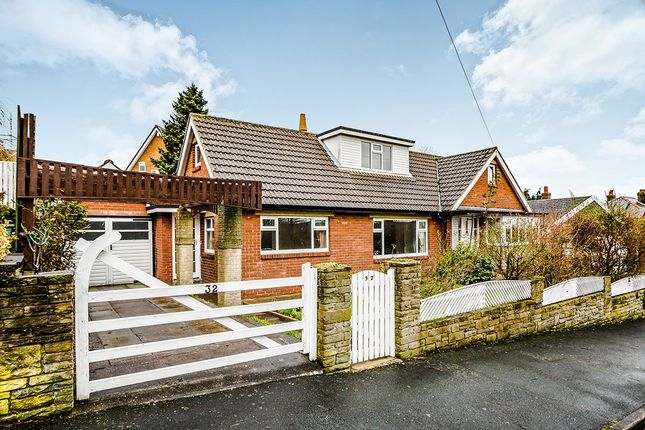 Thumbnail Bungalow to rent in North Cross Road, Cowcliffe, Huddersfield