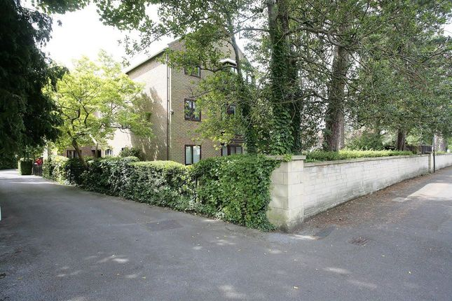 Thumbnail Flat to rent in Hernes Road, Oxford