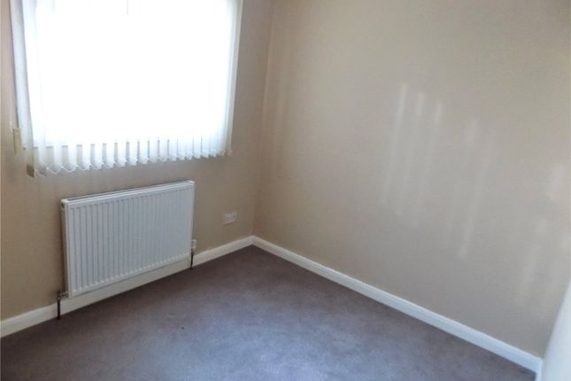 Picture No. 60 of Andrews Drive, Langley Mill, Nottingham, Derbyshire NG16