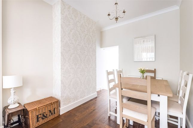 Dining Area of Bucharest Road, Wandsworth, London SW18
