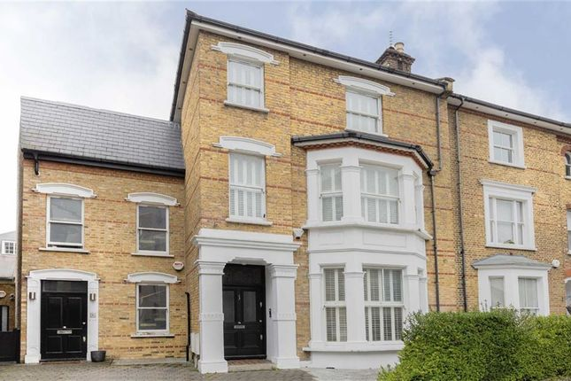Thumbnail Property to rent in Rowan Road, London