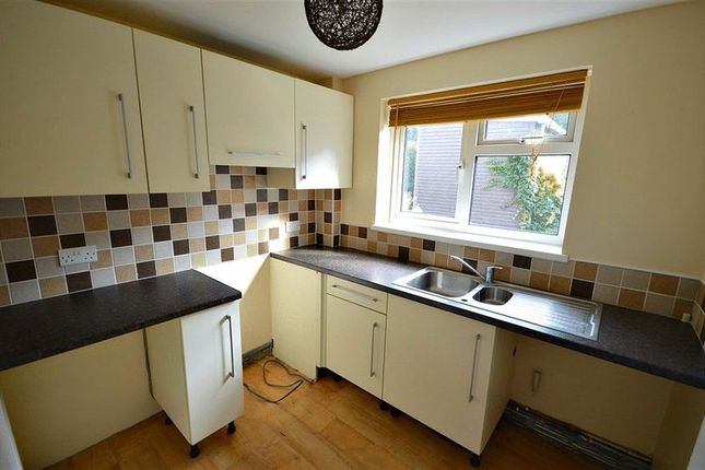 Thumbnail Flat for sale in Pembroke Place, Llanyravon, Cwmbran