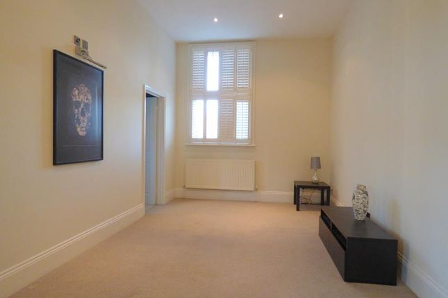 Photo 5 of Hatley Court, Flat 14, 81 Albert Road South, Malvern, Worcestershire WR14