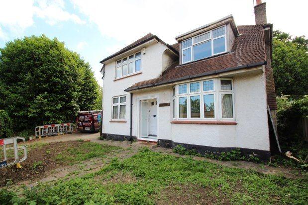 Thumbnail Detached house to rent in Duppas Hill Terrace, Croydon