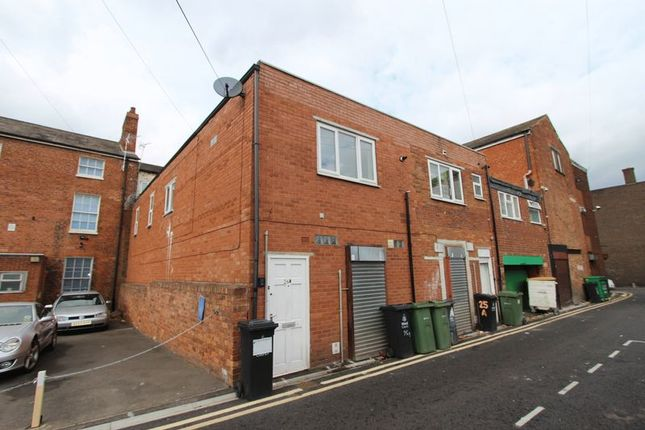 Thumbnail Property to rent in Little Newport Street, Walsall