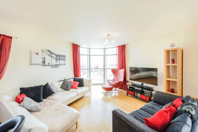 Thumbnail Penthouse for sale in Bute Terrace, Cardiff