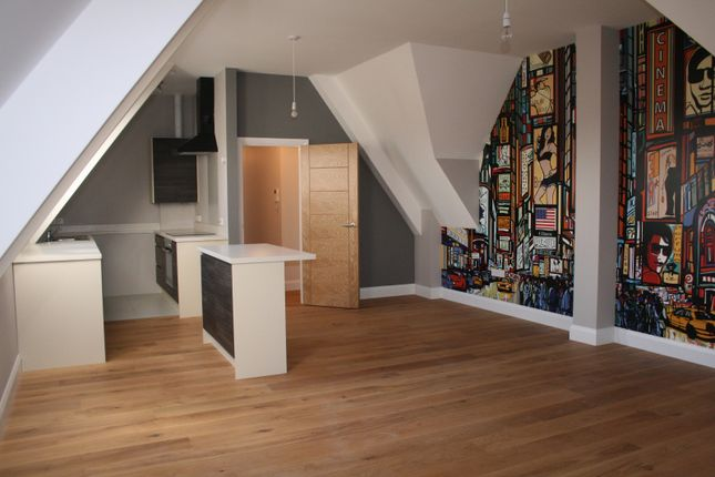 Thumbnail Flat to rent in Priory Road, St. Ives