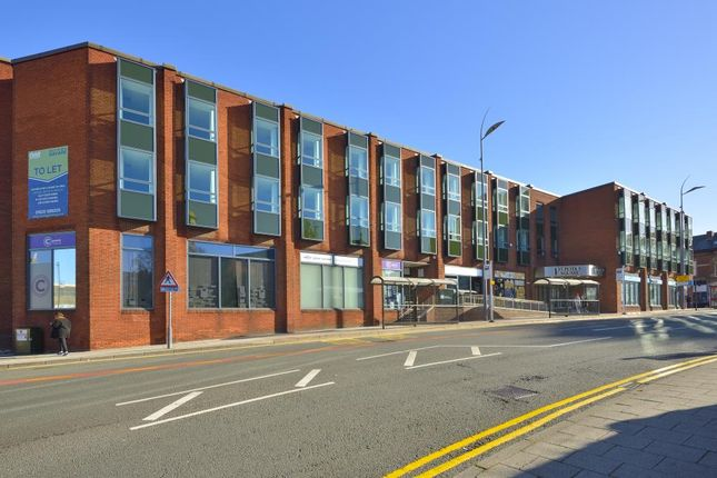 Thumbnail Office to let in 1 St Peter's Square, Stockport