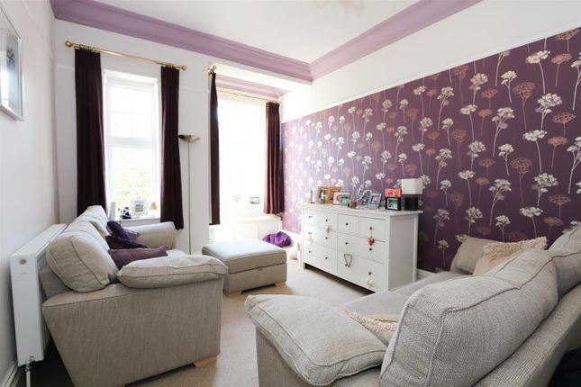 Family Room of The Glen, Saltford, Bristol BS31