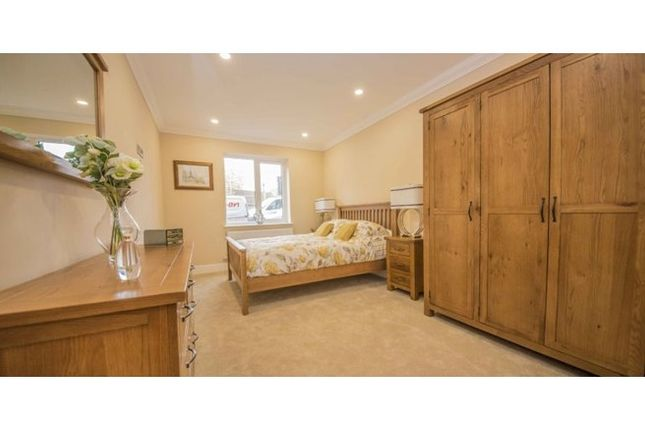 Bedroom of Hatton Mews, Broad Green, Wellingborough, Northamptonshire NN8
