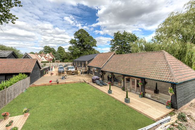 Thumbnail Detached house for sale in Park Lane, Toppesfield, Halstead