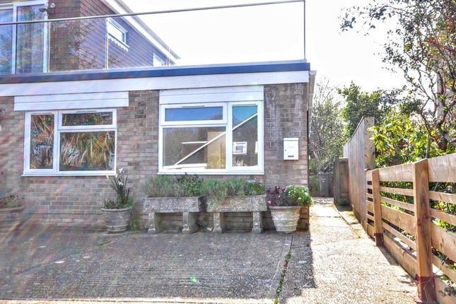 Thumbnail Bungalow to rent in Solent View Road, Seaview