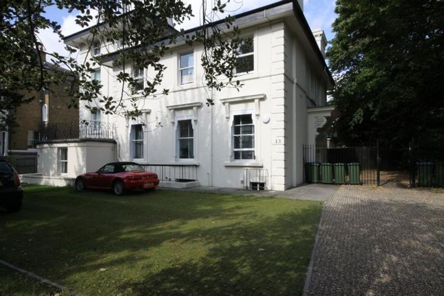 Flat to rent in Morden Road, Blackheath