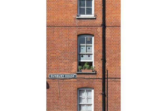 Sunbury House, Swanfield Street, London E2  (3)