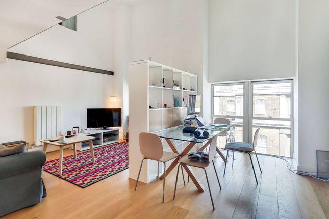 3 bed flat for sale in Cadogan Road, Woolwich, London SE18