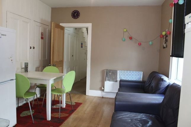 Thumbnail Terraced house to rent in Ladysmith Road, Plymouth