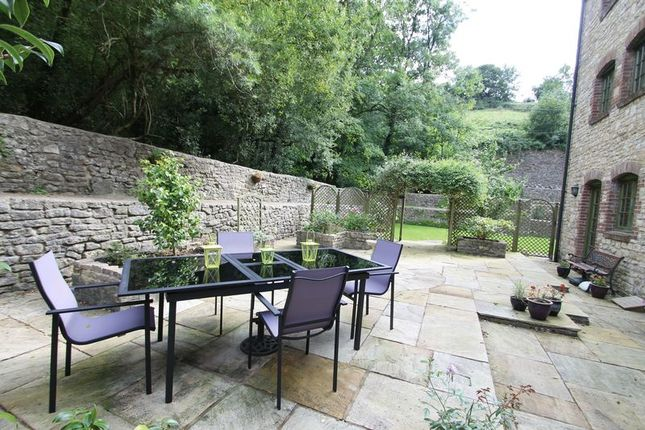 Terrace of Back Lane, Darshill, Shepton Mallet BA4