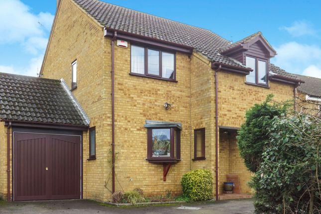 Thumbnail Detached house for sale in Woburn Road, Heath & Reach, Leighton Buzzard