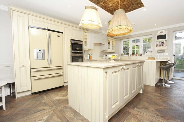 Kitchen of Park Avenue, Ruislip HA4