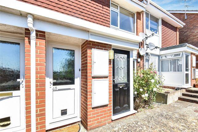 Thumbnail Maisonette to rent in 45 Tilney Close, Alton, Hampshire