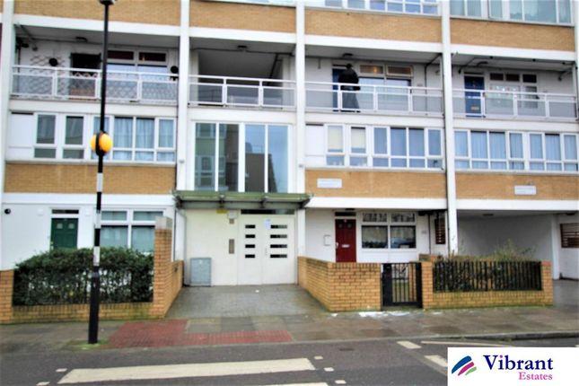 4 bed flat for sale in Cordelia Street, London E14