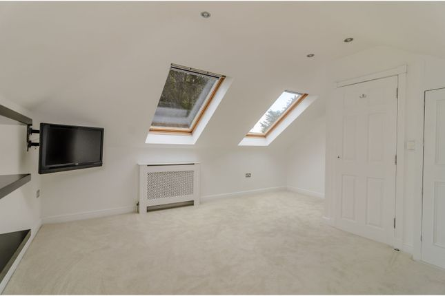 Bedroom of Highlands Road, Leatherhead KT22