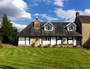 3 bed cottage for sale in Gander Lane, Teddington