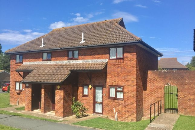 1 bed flat for sale in Swanley Close, Eastbourne