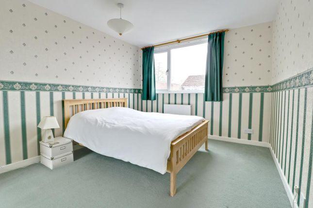 Property For Sale Colne Close Basingstoke