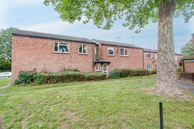 Thumbnail Flat for sale in Exhall Close, Church Hill South, Redditch