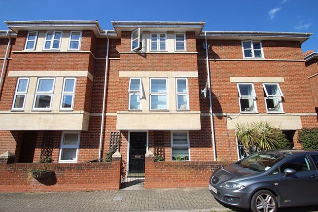 Thumbnail Terraced house for sale in Gun Tower Mews, Rochester