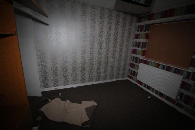 Bedroom of Wenborough Lane, Tong, Bradford BD4
