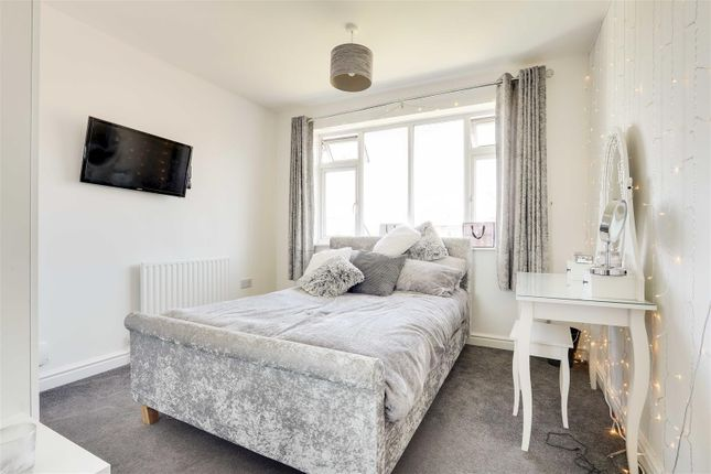 18441 of Kingswell Road, Arnold, Nottinghamshire NG5