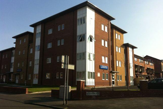 Thumbnail Flat to rent in Laurenfield Court, Trafalgar Road, Moseley, Birmingham
