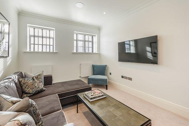 Living Area of Rainville Road, London W6