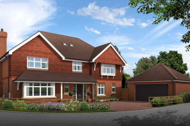 Thumbnail Detached house for sale in Hurstwood Close, Haywards Heath