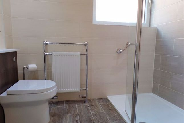 Shower Room of Fishers Lock, Newport TF10