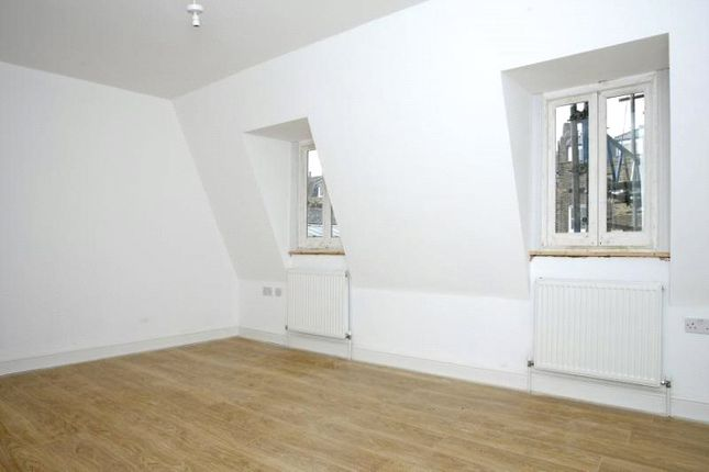 Thumbnail Property to rent in Clapham Road, Fentiman Road, Oval