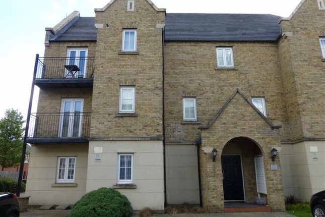 Thumbnail Flat to rent in Avocet Close, Rugby, Warwickshire