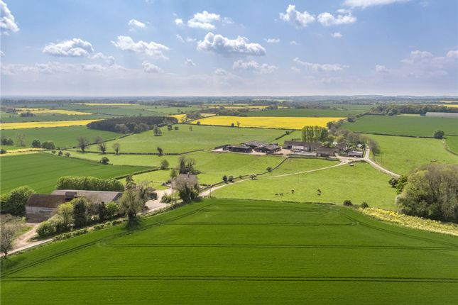Country house for sale in Lowesmoor Farm, Cherington, Tetbury, Gloucestershire