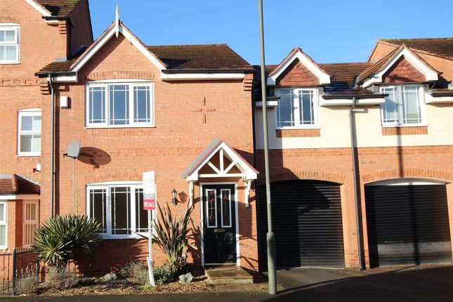 4 bed town house for sale in Redbridge Close, Ilkeston