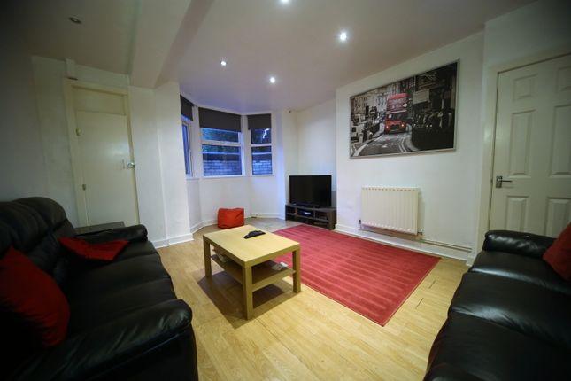 Thumbnail Terraced house to rent in Bennett Road, Headingley, Leeds