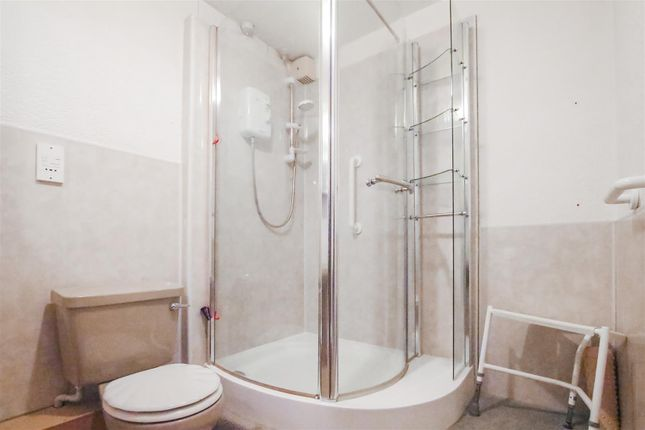 Shower Room of Candlemakers Court, Clitheroe BB7