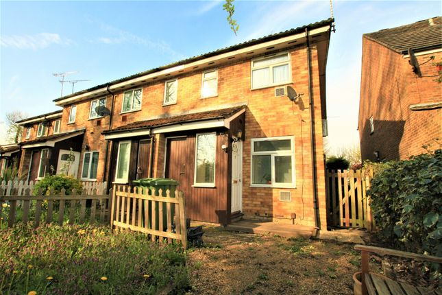 Thumbnail Semi-detached house to rent in Tall Trees, Colnbrook, Slough