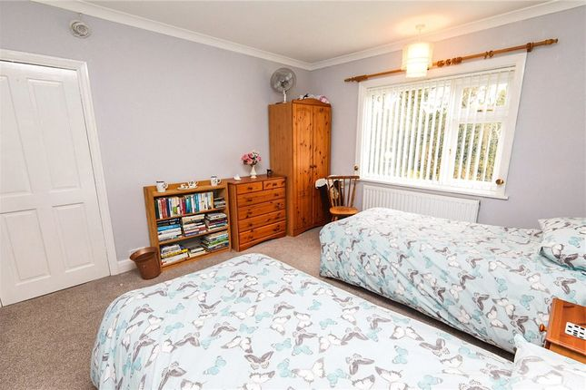 Picture No. 21 of Ainsworth Drive, Derby, Derbyshire DE23