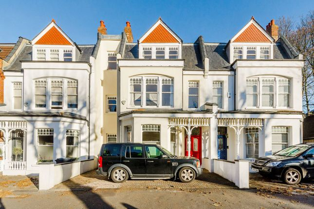 Thumbnail Property for sale in Kings Avenue, Muswell Hill