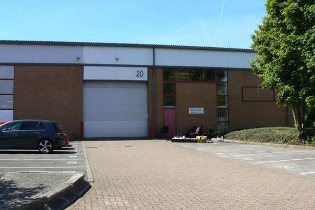 Thumbnail Warehouse to let in Unit 20 The Business Centre, Wokingham