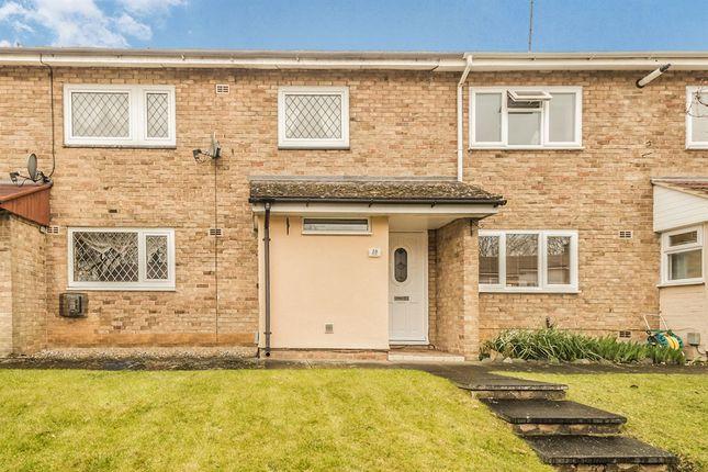 Thumbnail Terraced house for sale in Benstede, Stevenage