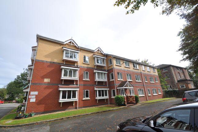 Flat to rent in Caroline Place, Prenton